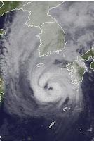 Taifun SANBA zieht weiter nach Korea, Sanba, Video, Japan, Korea, Taifun Typhoon, Taifunsaison 2012, September, 2012, Vorhersage Forecast Prognose, Sturmflut Hochwasser Überschwemmung, Satellitenbild Satellitenbilder, Radar Doppler Radar,