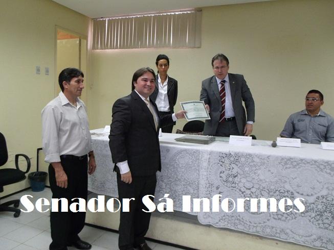 Prefeito, vice e vereadores de Senador Sá são diplomados.