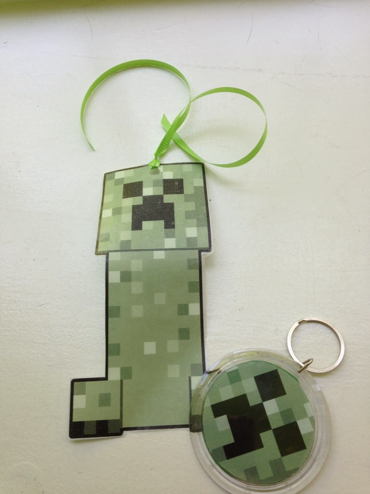 minecraft bookmark template - blog the easy peasy minecraft birthday party