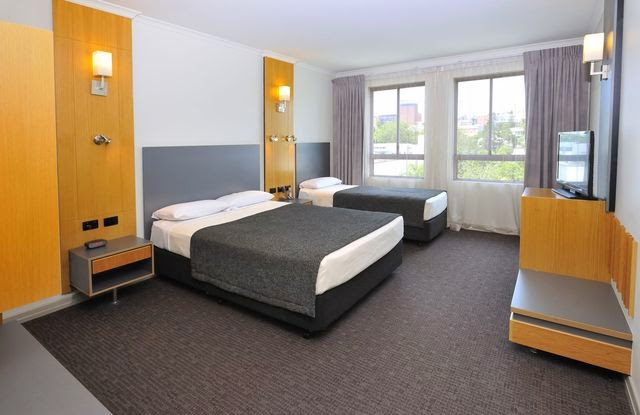 Latest review from TripAdvisor.com - Metro Hotel Ipswich International