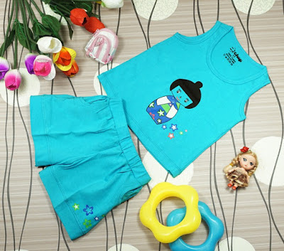 Bộ áo quần in hình cô gái Nhật màu thiên thanh dành cho bé