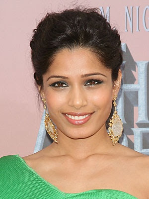 Freida Pinto's smoky eye