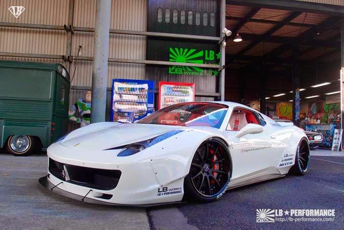 Ferrari 458 Spider Branca