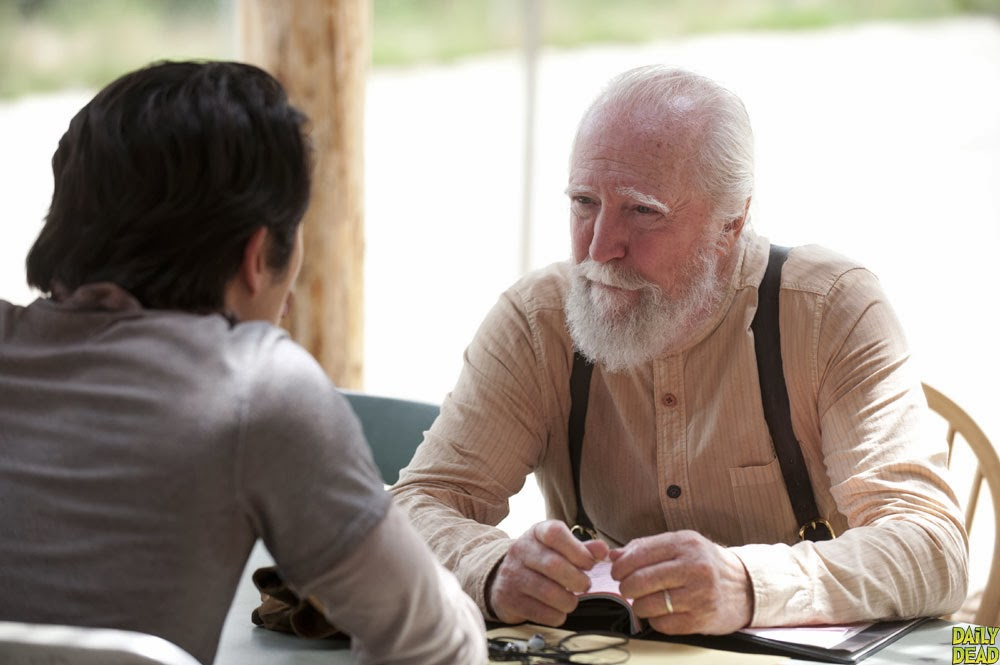 Glenn y Hershel en The Walking Dead 4x03 - Isolation