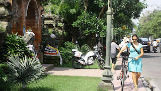 Cycling in Ubud, rent bicycle in Ubud