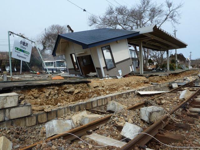 気仙沼線 津波の被害状況 小金沢駅