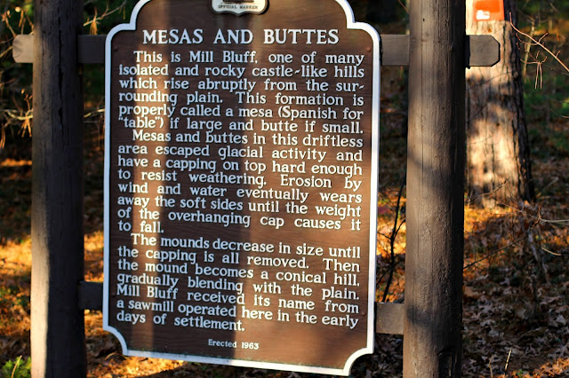 explanation of mesas and buttes in Mill Bluff State Park, WI