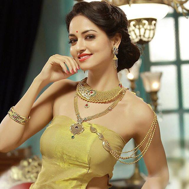 Shanvi Srivastava Actress photos in Masterpiece Kannada film