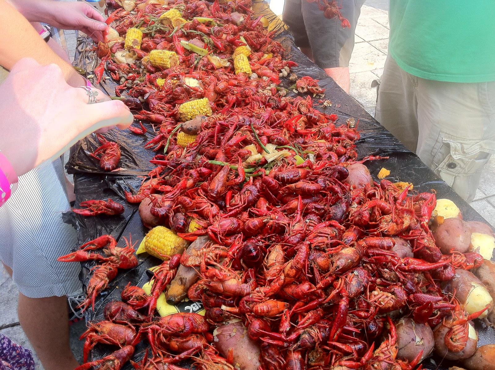 Bite and Booze: Third Row Crawfish Boil 2012