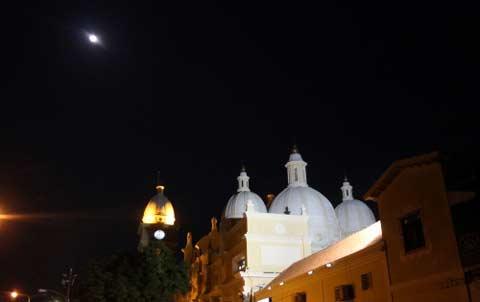 si-te-perdiste-el-super-eclipse-lunar-compartimos-fotos