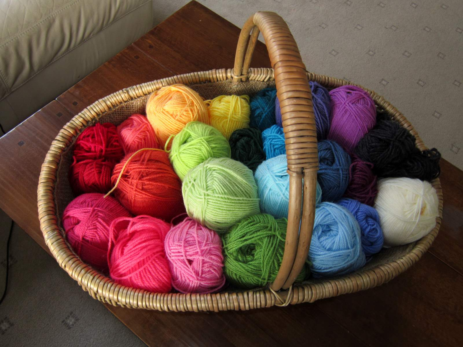 Knitting Gift Hamper : Colour in a simple life art