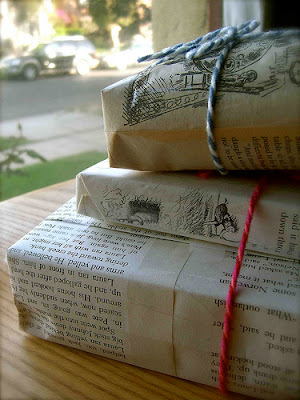 book presents wrapping ideas christmas holidays