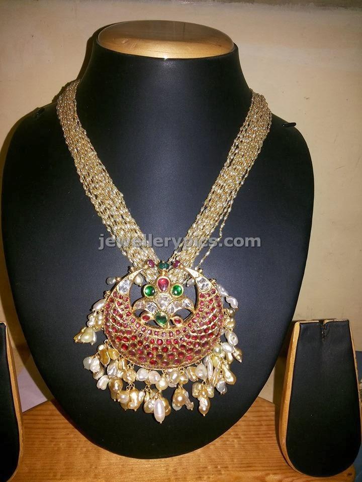 chandbali pendent with besara multiple line smalla pearl chain