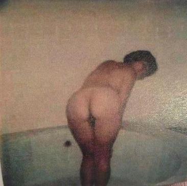 Fotos porno de mujeres desnudas mamando pollas