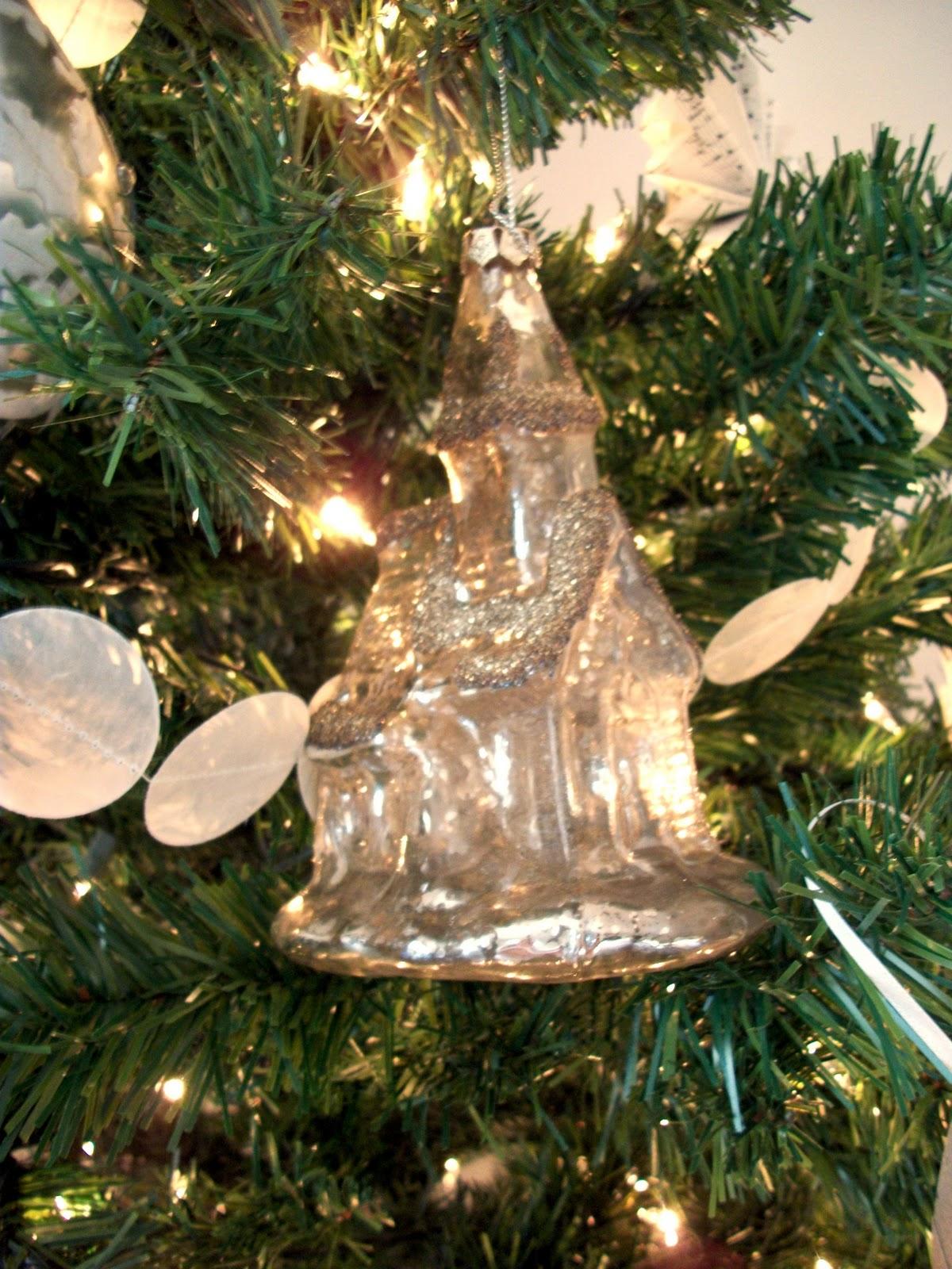 Faith. Home. Love.: Oh Christmas Tree!