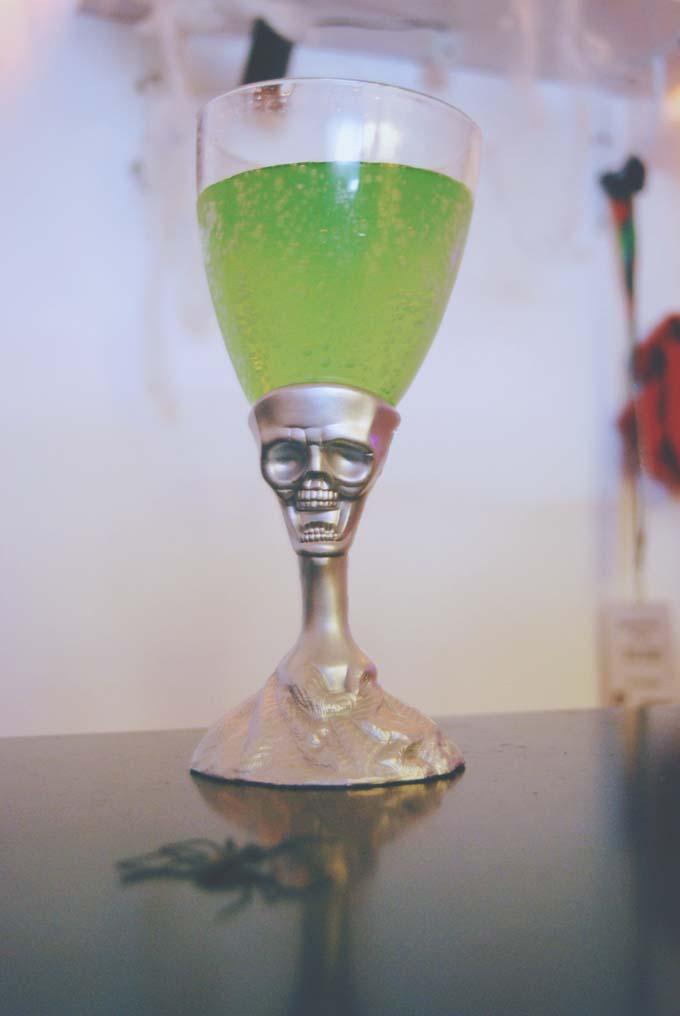 Green lemonade in Halloween goblet