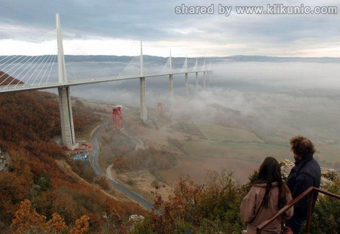 http://3.bp.blogspot.com/-4tsP92U3VAM/TXWjuVS2P3I/AAAAAAAAQTU/FH8M1xTHfD4/s1600/bridges_30.jpg