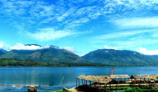 Danau Singkarak, Sumatera Barat (Gambar 2). ZonaAero