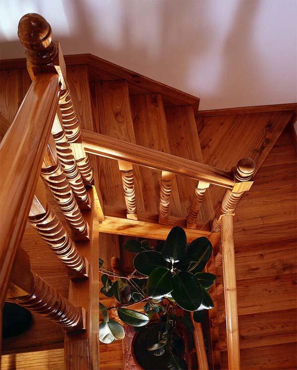 Carpinteria de madera corriols artesanos de hervas for Modelos de gradas de madera