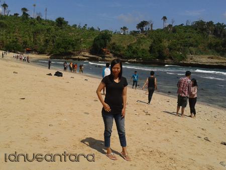Pantai Coro Tulungagung 3