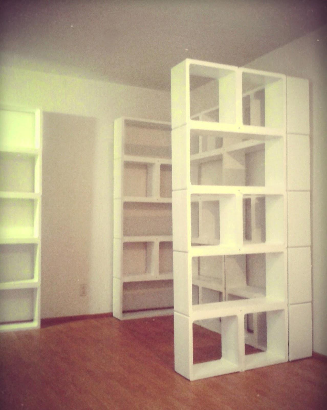 Divisor de espacios separaci n de sala y comedor m xico for Repisas en espacios pequenos