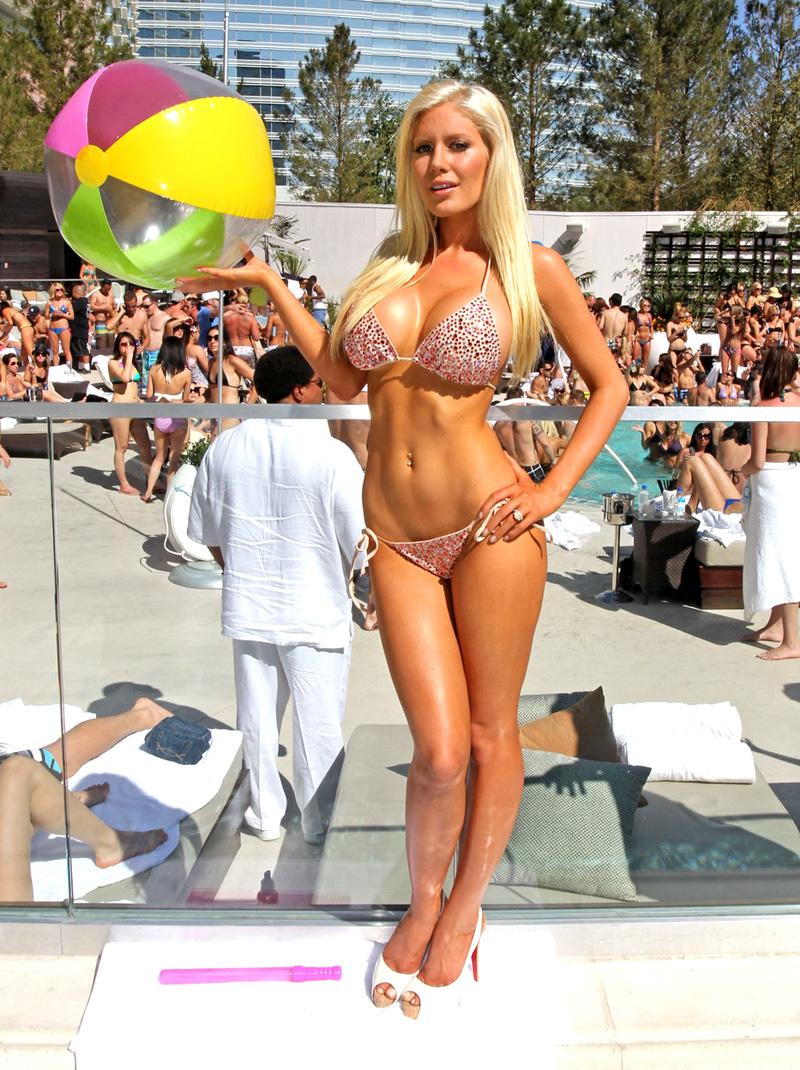http://3.bp.blogspot.com/-4uaMtv2vgms/TVO8kk_4mwI/AAAAAAAAC6c/2-kTn249Q68/s1600/Heidi+montag.jpg