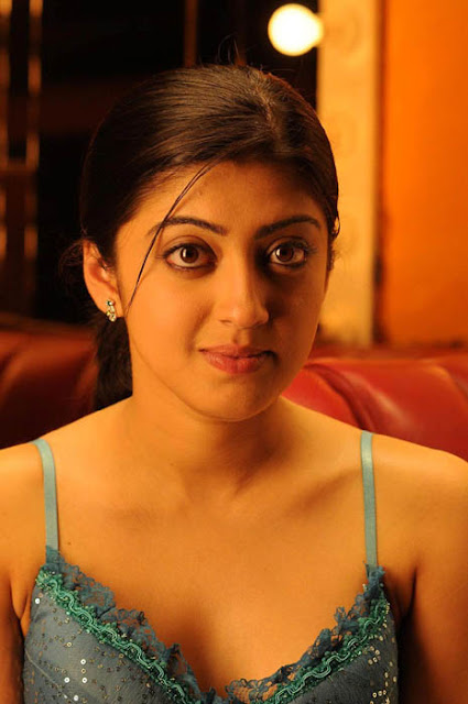 Pranitha hot stills gym pics navel show