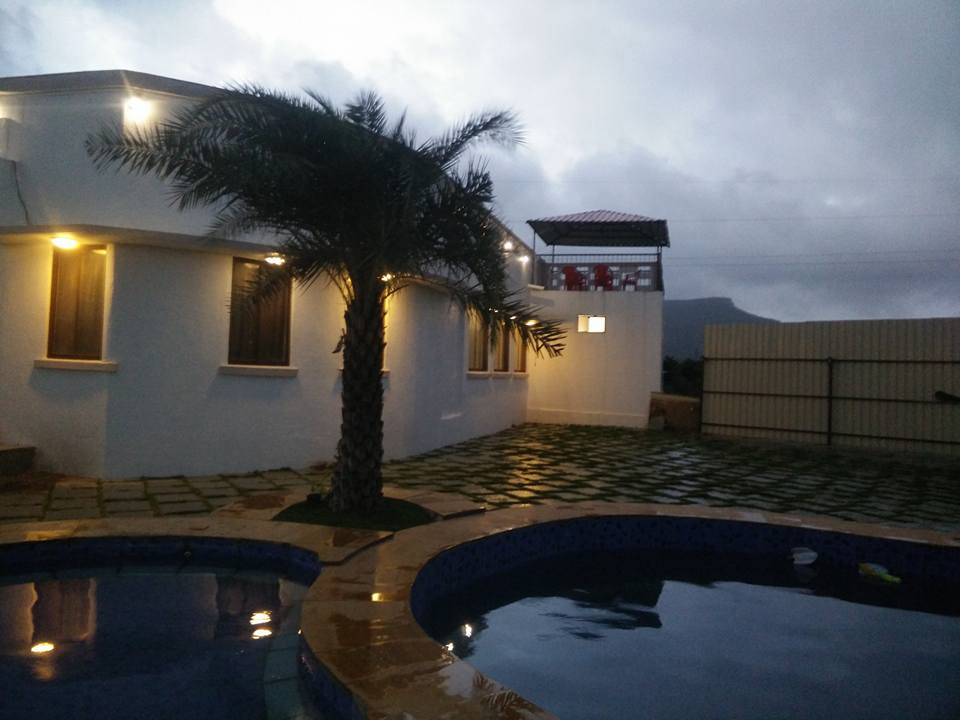 Terrace Bar Pool Jacuzzi Child Open Terraces Huge Hall Ground Ro Play Games An Independent Bungalow With Swimming Facility