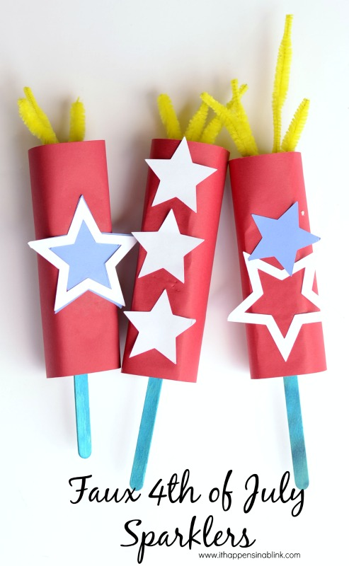 Faux 4th of July Paper Sparklers | 20 Crafts for the 4th of July - Independence Day DIYs | directorjewels.com