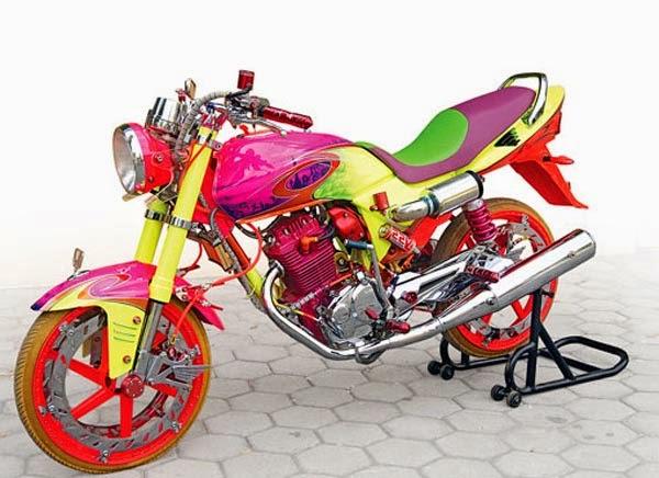 modifikasi motor honda megapro 2004