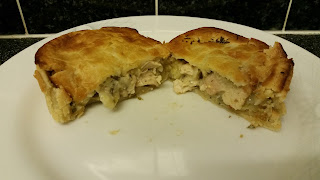 Dee's Pies Champagne Chicken Pie Review