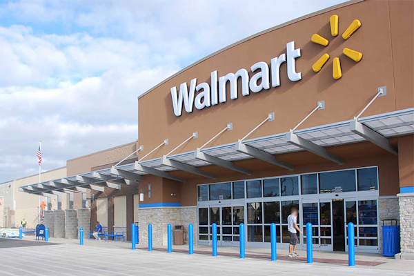Employees having sex in Scottsboro Walmart