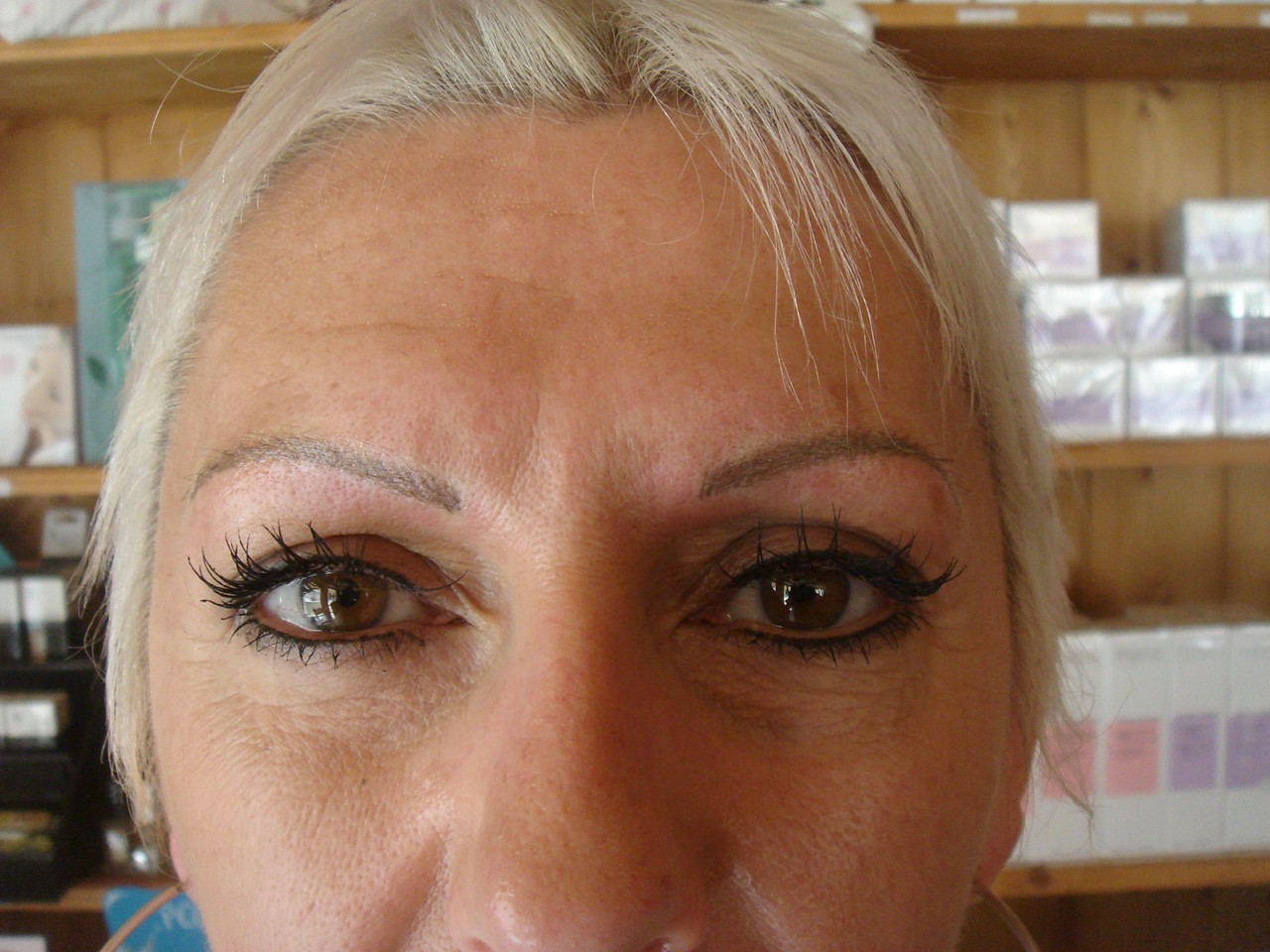 Maquillage Permanent des Sourcils en poil à poil  - tatouage sourcils permanent