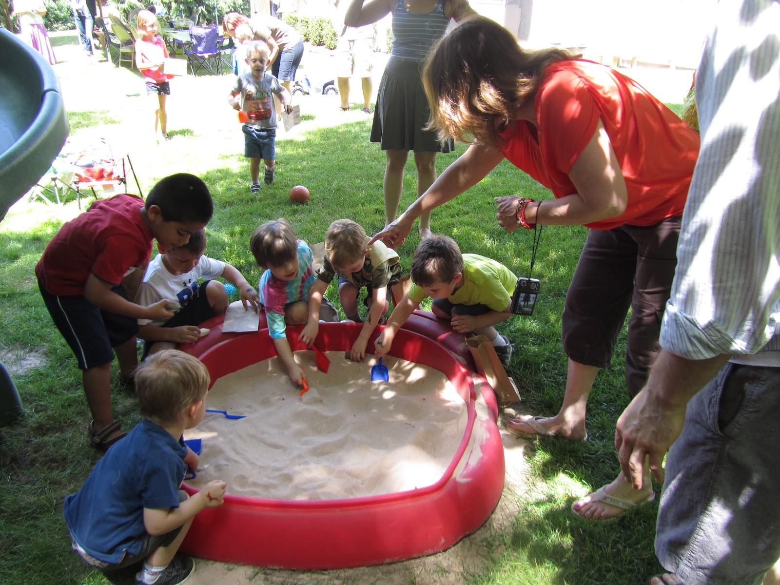 rocmomma birthday party idea dinosaur party
