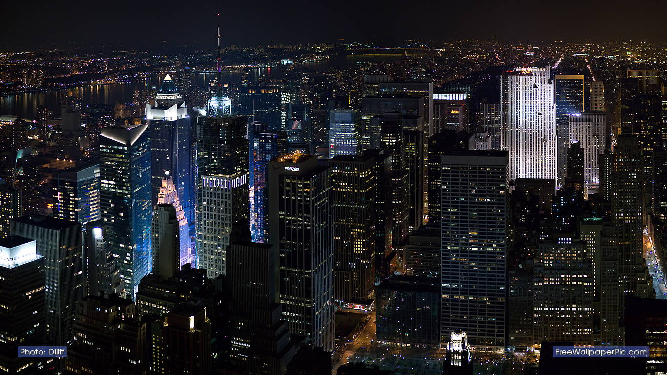 http://3.bp.blogspot.com/-4w1aq-g1CAU/T0B8htUY6cI/AAAAAAAAEfY/alNiRufWp3E/s1600/New_York_Skyline_night-left-ccby-Diliff.jpg