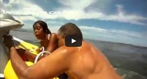 Flagra: Bombeiro salva família inteira de afogamento