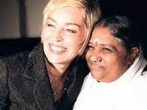 Amma hugging lady
