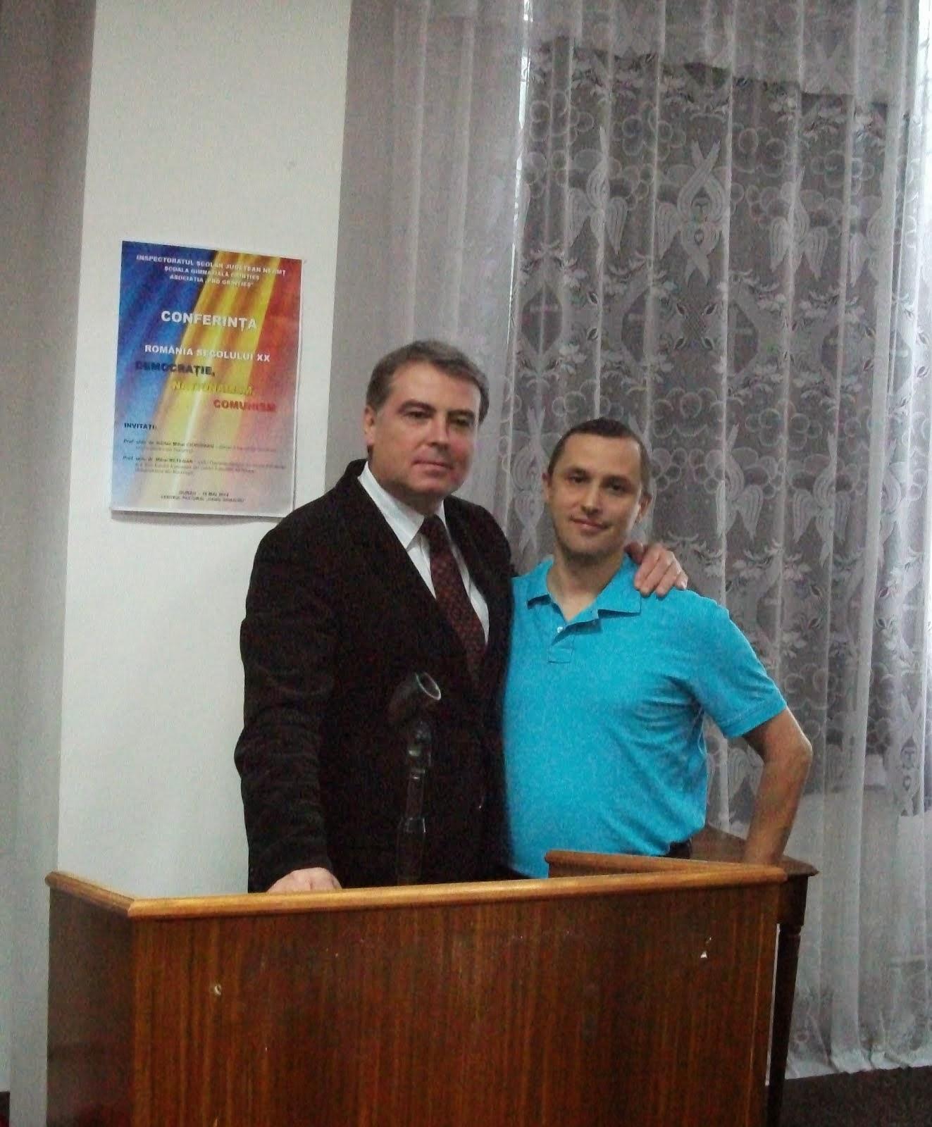 Împreună cu Prof. Univ. Dr. Adrian Cioroianu, Durău, 16.05.2014...
