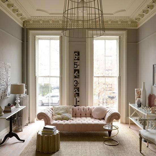 De estilo rom ntico a ecl ctico un apartamento en ny for Sofa estilo romantico