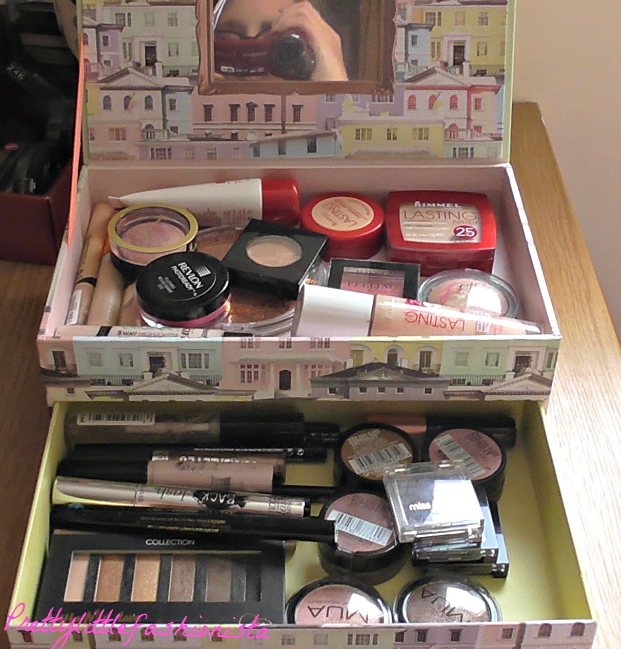 How I Store My Every Day Makeup