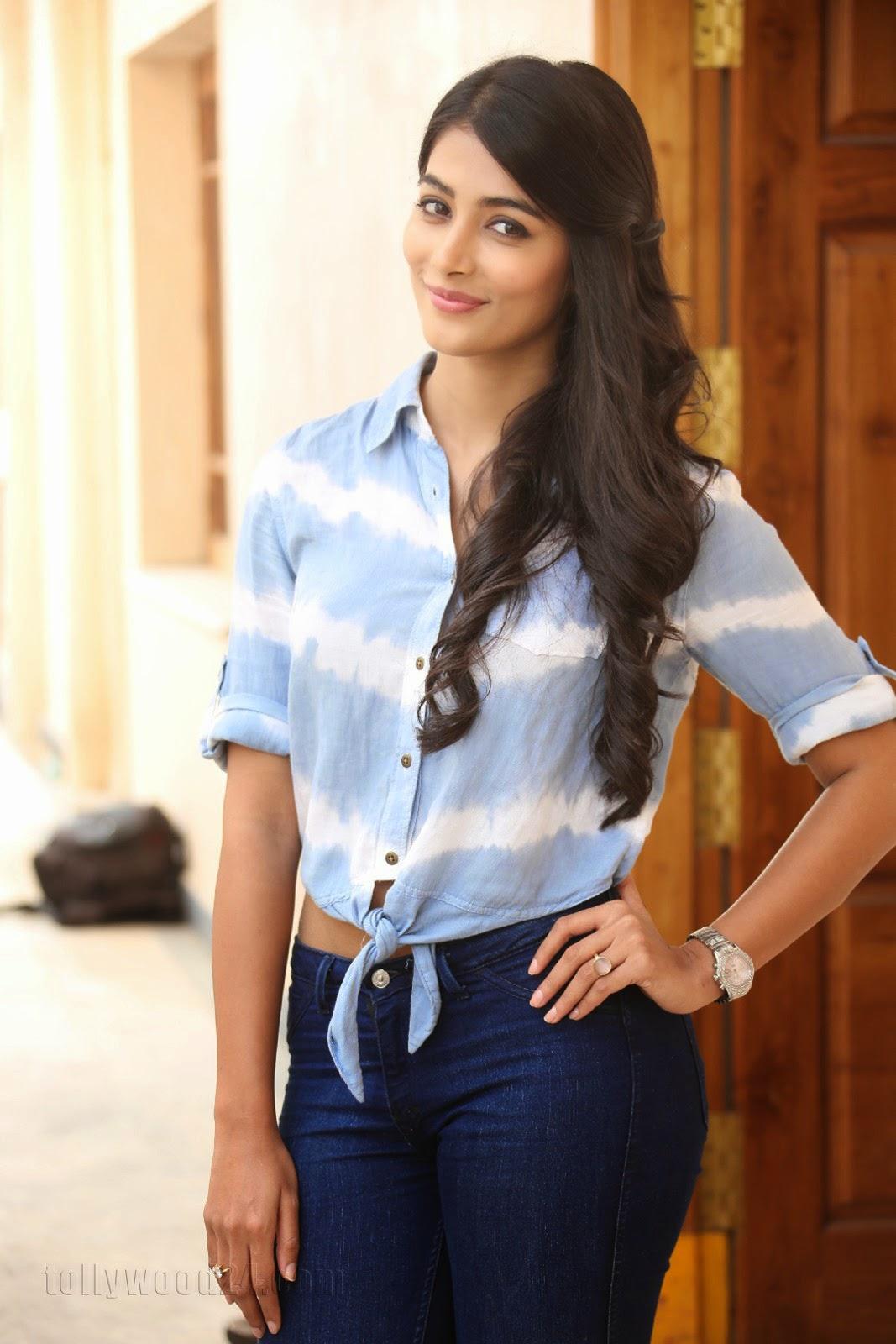 Pooja hegde gorgeous photo shoot-HQ-Photo-12