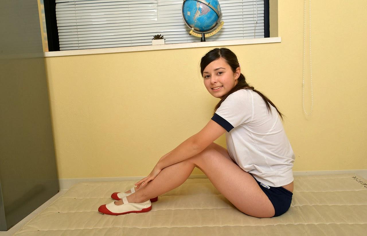yuri celesta sexy schoolgirl cosplay 01