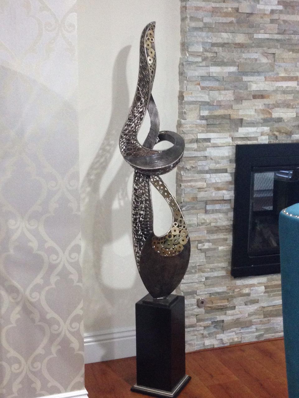 Finnos interior design boutique con que decoro las esquinas - Esculturas decoracion ...