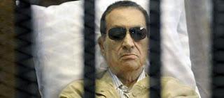 نقلا من الدستور : وفاة حسني مبارك وتجهيز مقبرة لمبارك في مصر الجديدة!