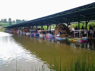Wisata Lembang Bandung - Floating Market