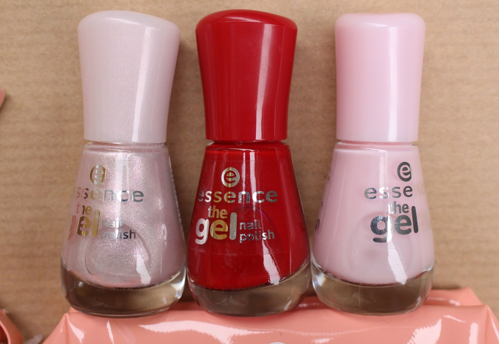 essence the gel nailpolish geln gel ohne uv lampe. Black Bedroom Furniture Sets. Home Design Ideas
