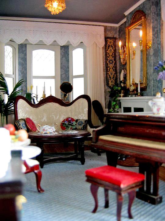 12 Living Room Ideas For A Grey Sectional: BluKatKraft: Victorian Dollhouse