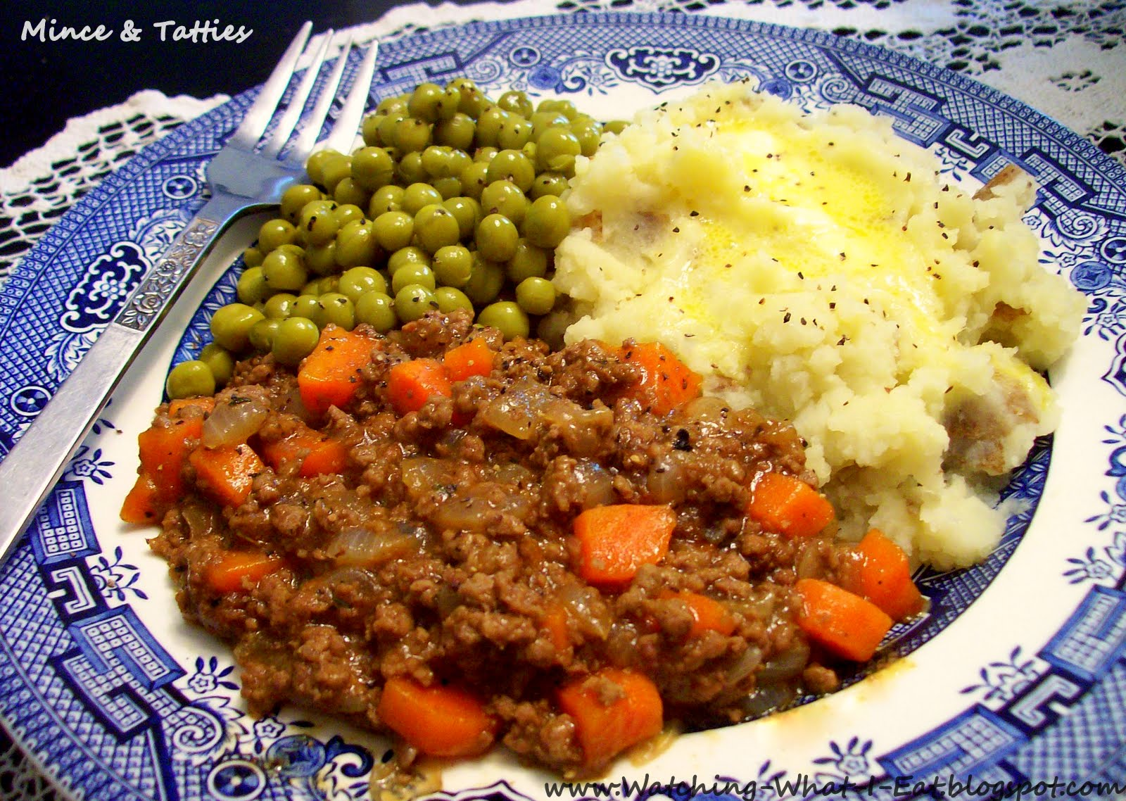 Watching what i eat mince tatties a favorite scottish meal mince tatties a classic scottish dish that is super easy to make budget friendly a dinner that is perfect for the whole family to enjoy forumfinder Choice Image