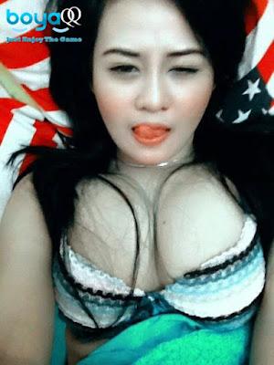 Video Sexy Dance Cewek Seksi Baju Menerawang