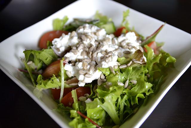 valmis ja helppo salaatti